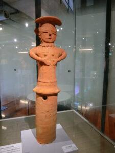 せきね古墳出土の女子人物埴輪